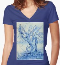 A tree in the veld Women's Fitted V-Neck T-Shirt
