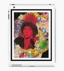 QUEEN ARETHA -BLACK BORDER iPad Case/Skin