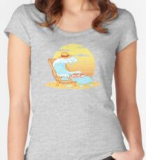 WAVE ON THE BEACH Women's Fitted Scoop T-Shirt