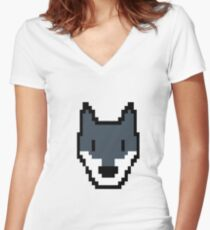 Pixel Wolf Video Game Vintage Retro Gifts Women's Fitted V-Neck T-Shirt