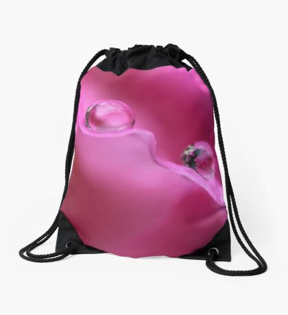 Droplets in hot pink Drawstring Bag