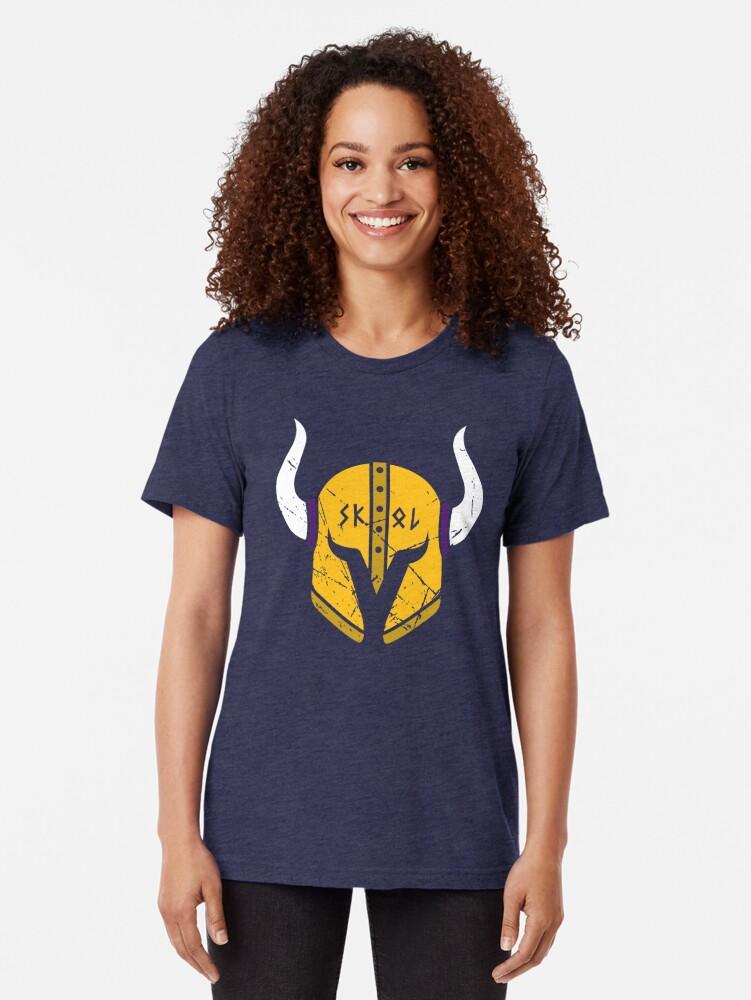 Alternative Ansicht von Minnesota Wikinger Skol Helm Vintage T-Shirt