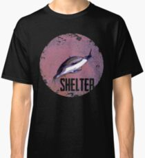 Dead dolphin Classic T-Shirt