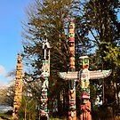 Totem Poles by MaluC