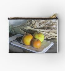 ASIAN PEARS Studio Pouch