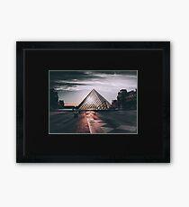 Pariser Pyramide Gerahmtes Wandbild