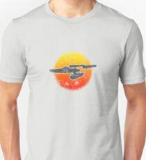 Constitution class Starship - light Unisex T-Shirt
