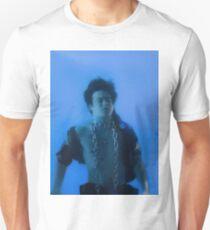 Joji in den Zungen Unisex T-Shirt