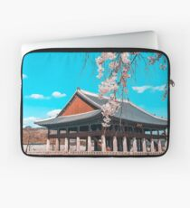 cherry blossoms in gyeongbokgung palace in Seoul, South Korea Laptop Sleeve
