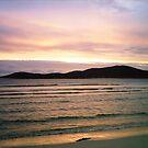 Sanftes Glühen - Hebridean Sonnenuntergang von BlueMoonRose
