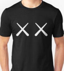 Kaws - X X T-Shirt, Tee, Becher, Aufkleber, iPhone Case Slim Fit T-Shirt
