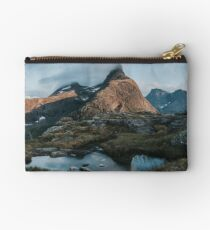Romsdalshorn - Landscape and Nature Photography Studio Pouch