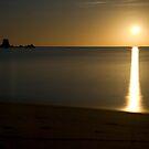 Totaranui Beach moonrise by Paul Mercer