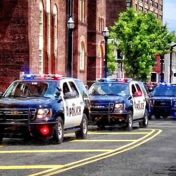 Line of Police Cars by SudaP0408