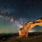 Gebrochener Bogen mit der aufgehenden Milchstraße von OLena Art von OLena  Art ❣️