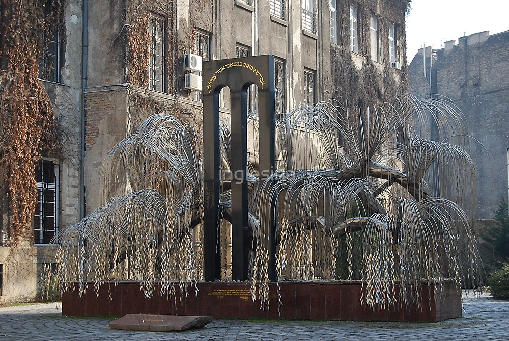 Weeping Willow by inglesina