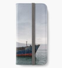 Boat on the Bay. iPhone Wallet/Case/Skin