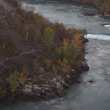 Niagara Rapids by connorlucasart