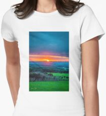 Dreamy Sunset Fitted T-Shirt