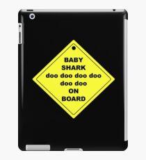 Baby Shark doo doo doo doo doo doo On Board! iPad Case/Skin
