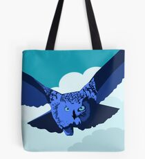 Owl on the hunt Tote Bag