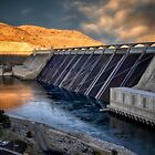 Grand Coulee Dam by Kathy Weaver