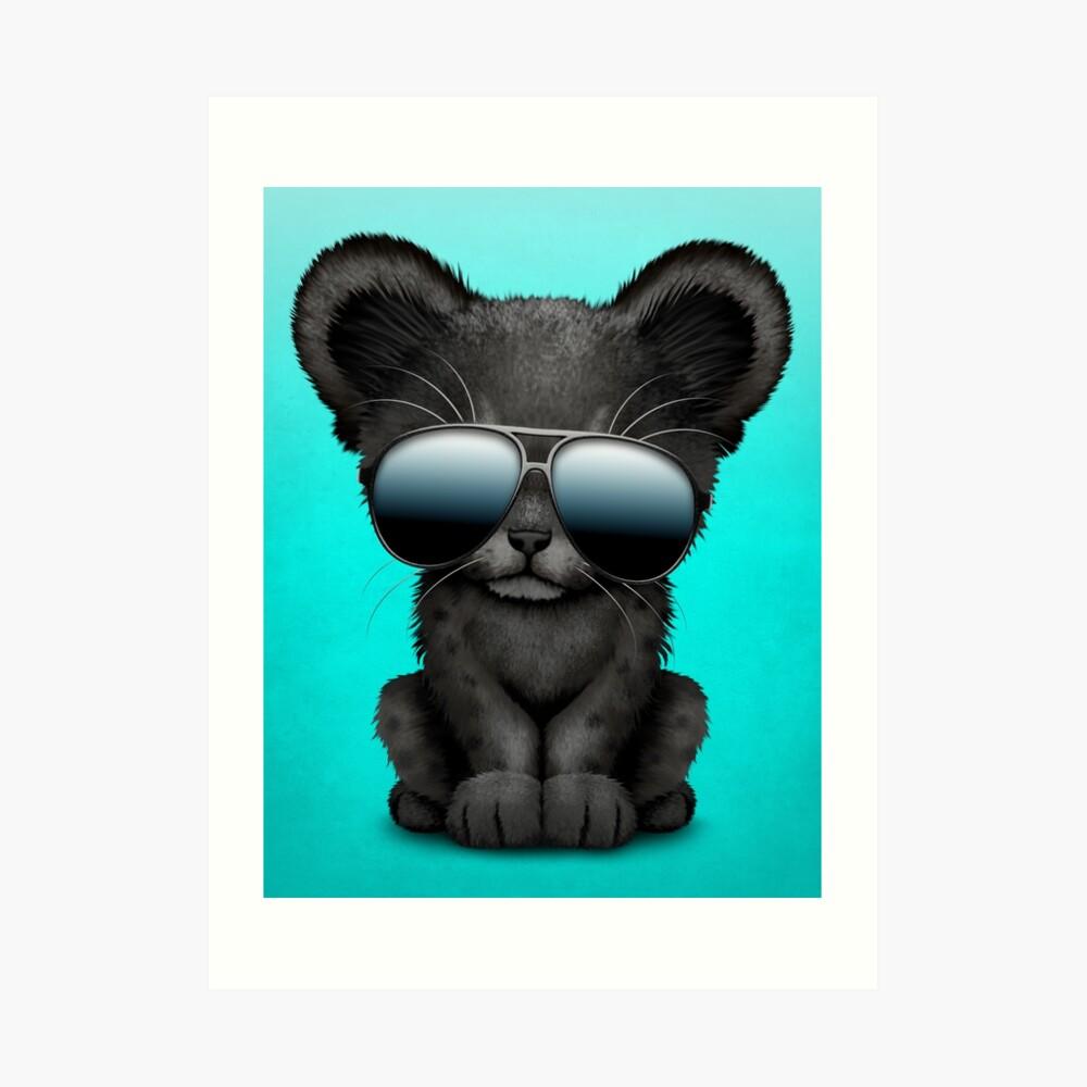Süße Baby Black Panther tragen Sonnenbrillen Kunstdruck