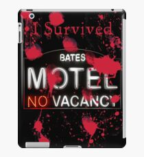 Bates Motel - I Survived! - T-shirt iPad Case/Skin