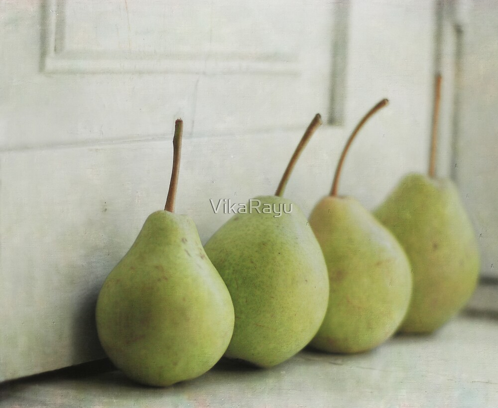 Pears by VikaRayu
