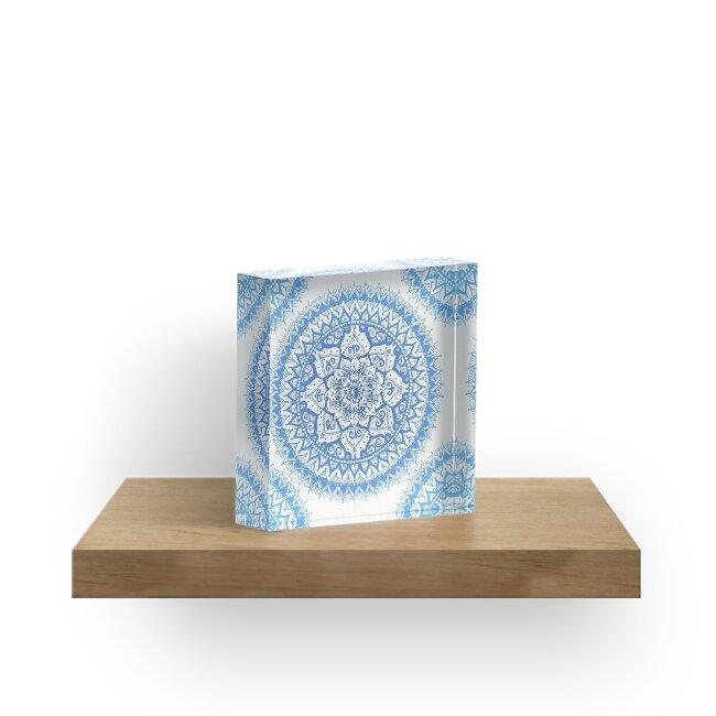 Yin Yang Mandala in sanften Blues von LaurelMae