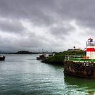 Crinan Lighthouse by Tom Gomez