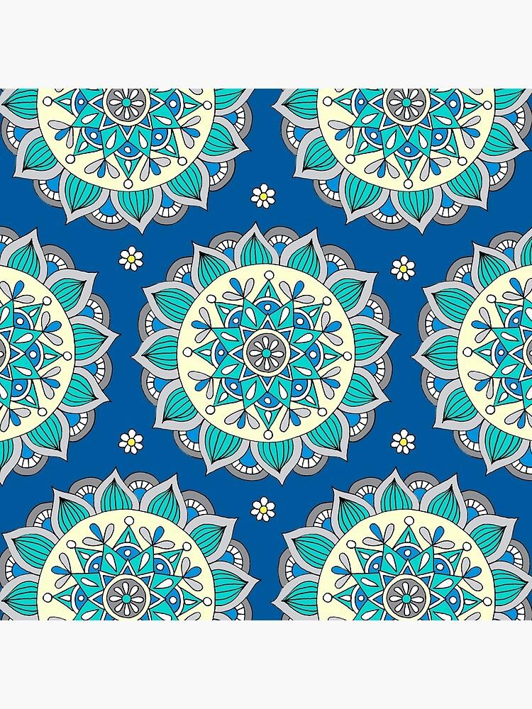 Blau & Creme Mandala von sarahoelerich