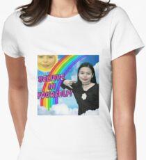 Miranda Cosgrove Tailliertes T-Shirt für Frauen