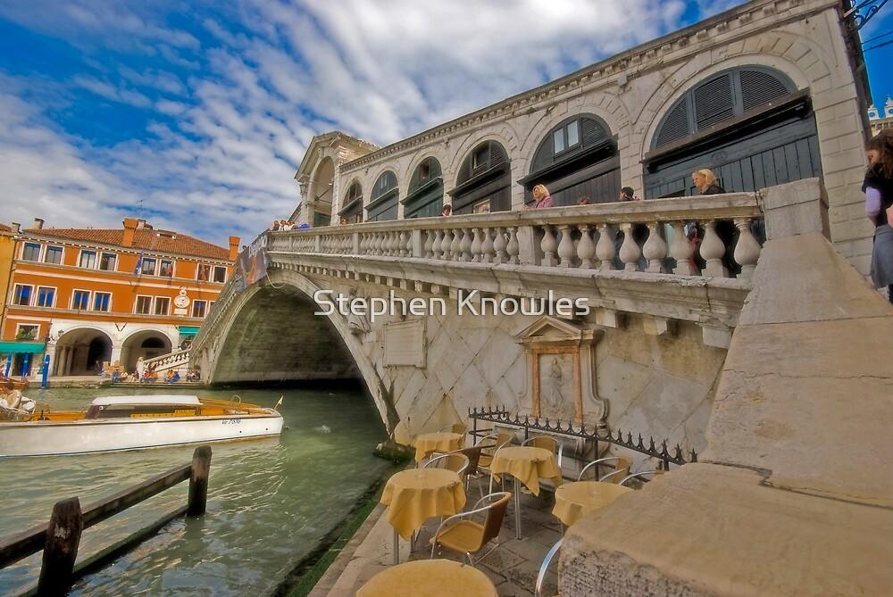 Rialto Bridge by Stephen Knowles