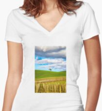 Single tree Fitted V-Neck T-Shirt