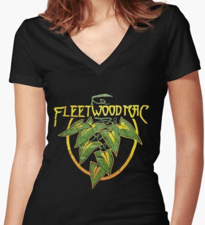 fmt77(13) Fitted V-Neck T-Shirt