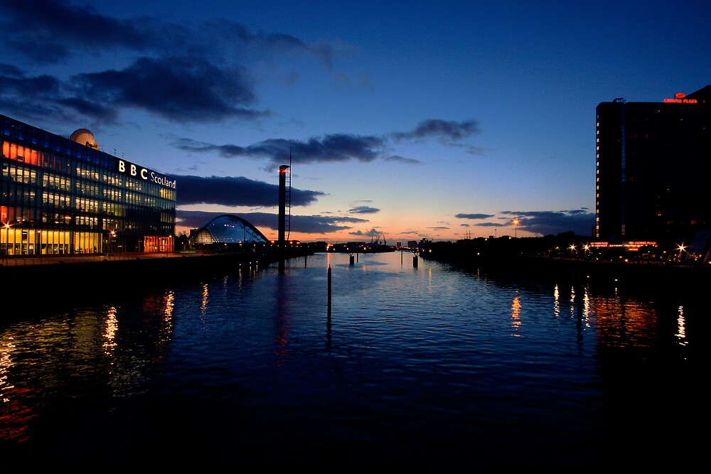 River Clyde Sunset by Daniel Davison