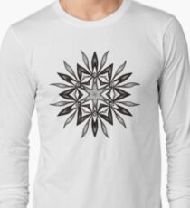 Kaleidoscopic Flower In Black And White Long Sleeve T-Shirt