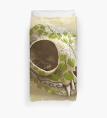 cat skull decorated with wasabi flowers Duvet Cover