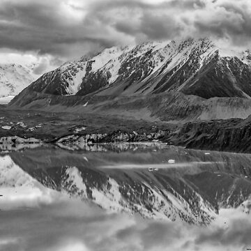 Tasman Lake Reflections by charlesk
