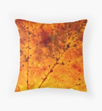 Fall maple leaf texture Throw Pillow
