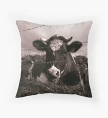 Say Mooh! Throw Pillow