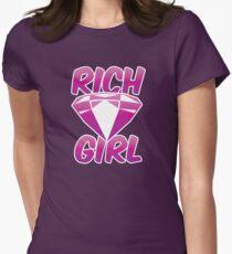 Rich girl with pink diamond jewel  T-Shirt