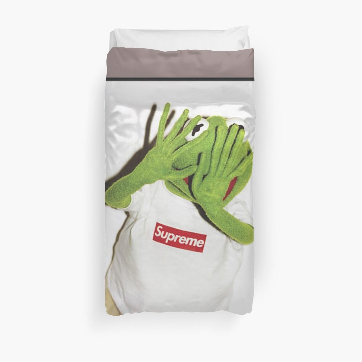 Kermit hates Paparazzi Duvet Cover