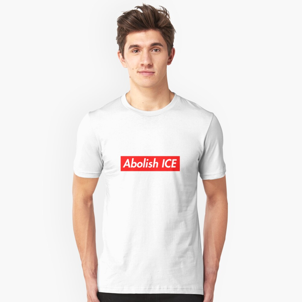 Supreme Take: ICE abschaffen Slim Fit T-Shirt