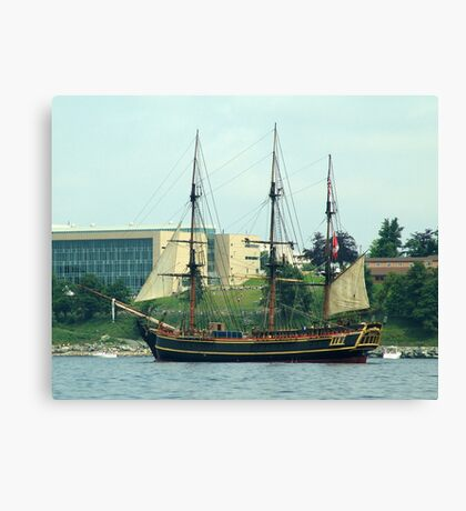 H.M.S.Bounty-Sailpast Canvas Print