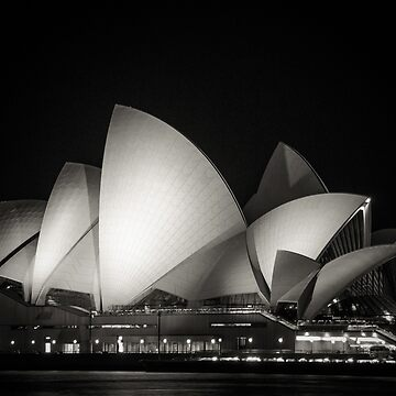 Sydney Opera house by infinitephotos