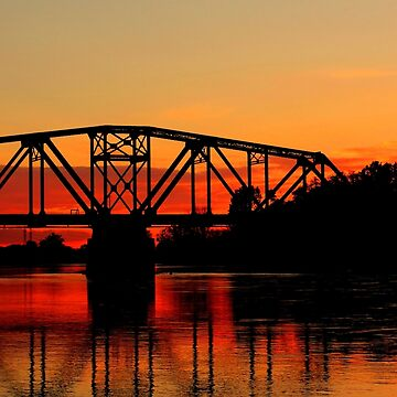 Sunset Over the Taylor Bridge by umpa1