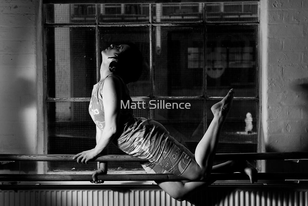 Ellen in the pose by Matt Sillence