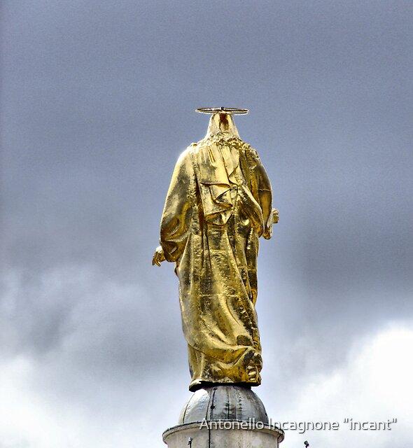 "golden back by Antonello Incagnone ""incant"""